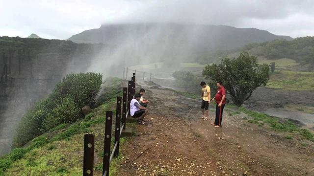 Bhandardara - SereneMumbai Hill Station