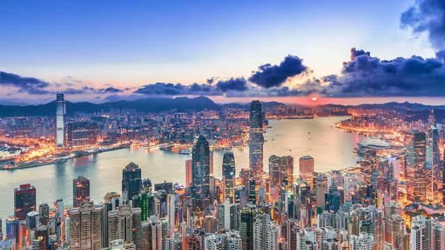 Hong Kong: Party Perfect Honeymoon Destination