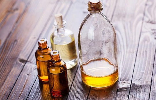 Almond, Rosewood, And Sandalwood Oil