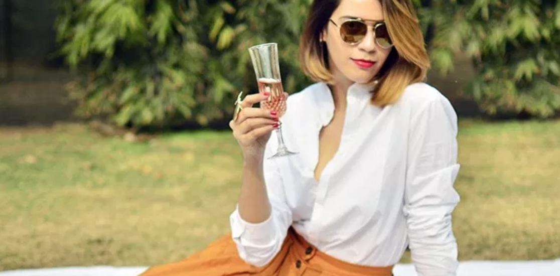 Akanksha Redhu Looks: Chicness At Its Best