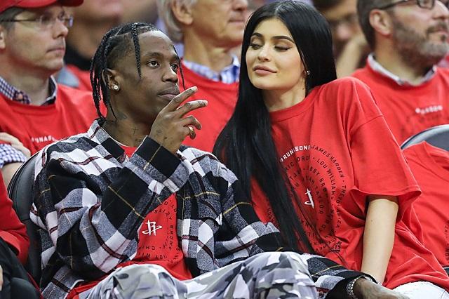 Kylie with boyfriend
